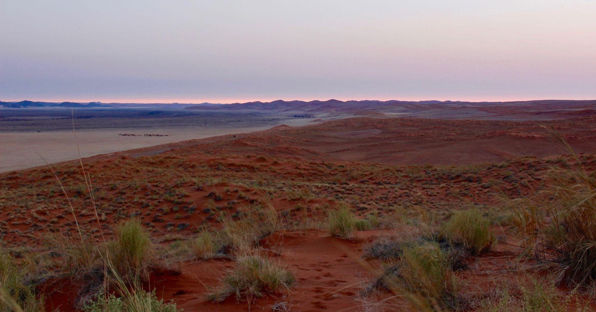 Vue depuis Elim Dune après le coucher du soleil