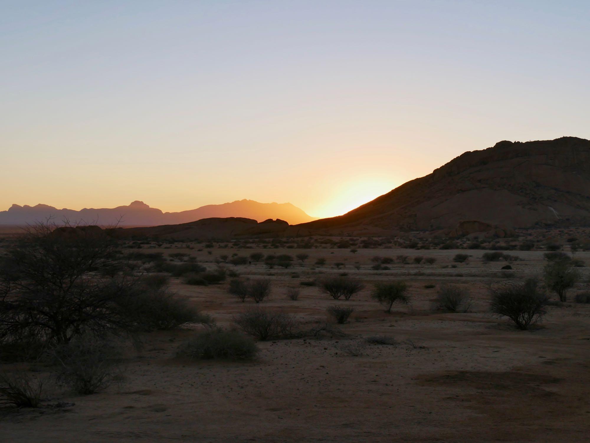 Lever de soleil au Spitzkoppe