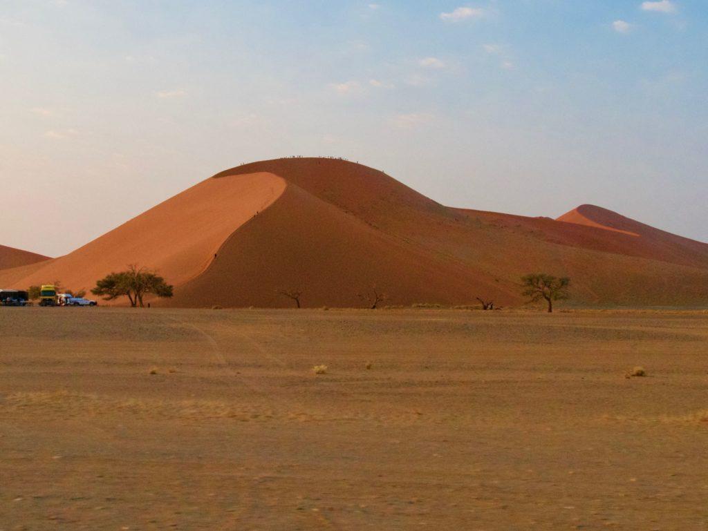 La célèbre dune 45 dans le désert du namib