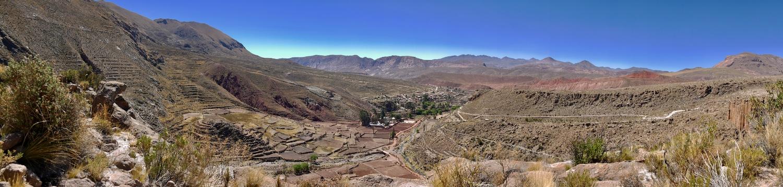 Panorama sur la vallée de Cayara