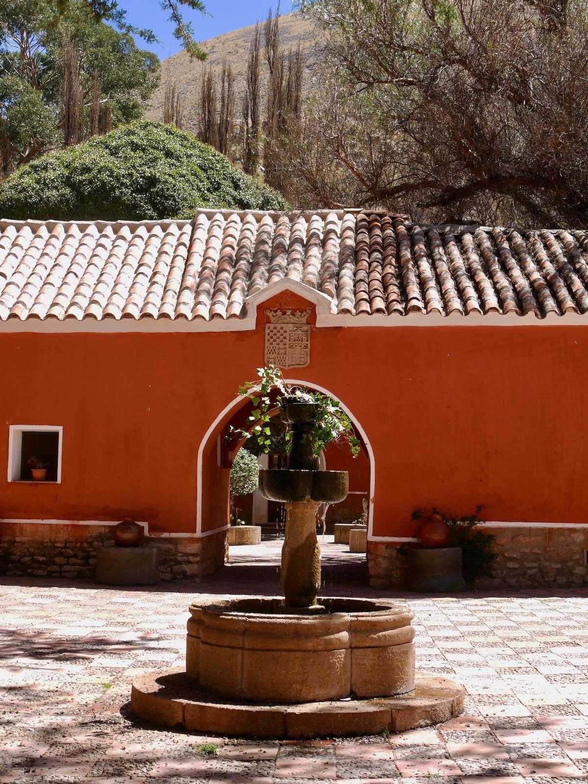 Cour de la Hacienda Cayara