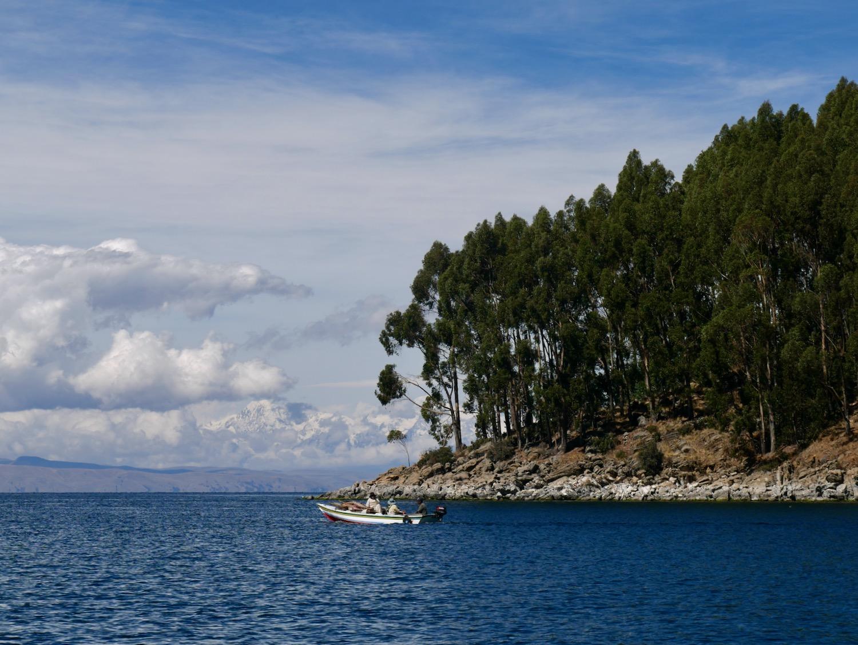 Petite île sur le Lac Titicaca
