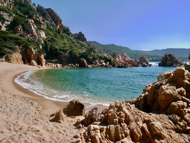 La mer vue depuis la crique de Li Cossi sur la Costa Paradiso